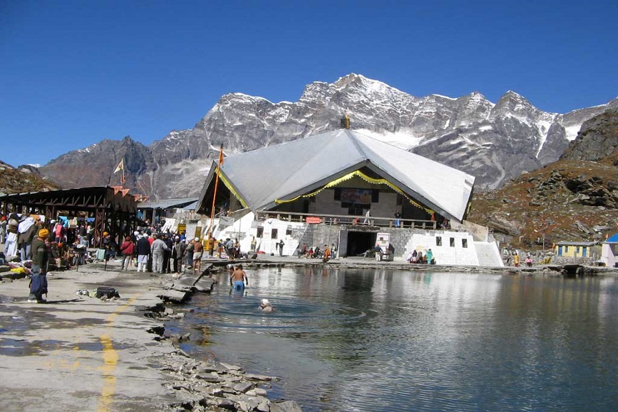 Hemkund Sahib Tour with Valley of Flowers & Badrinath